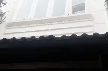Cho thuê nhà nguyên căn hẻm 3m đường Trần Phú, Q. 5, DT 3.1x11m, 4PN + 3WC