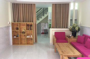 Cho thuê nhà riêng hẻm Trần Hưng Đạo, Phường 1, Quận 5