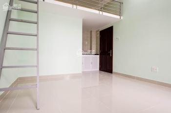 Cho thuê phòng mới xây + gác, máy lạnh đường Bùi Văn Ba, ngay KCX Tân Thuận giá 3 triệu/tháng