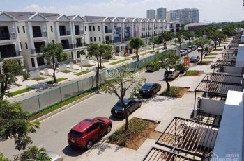Bán biệt thự Lavia Kiến Á, Nguyễn Hữu Thọ, căn góc 2 mặt tiền đường lớn, DT 8x17.6m, hướng ĐN