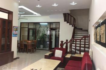 Bán nhà biệt thự mini Ngọc Hồi, DT 85m2 x 4 tầng, mặt tiền 8.4m, có gara ô tô riêng, full nội thất