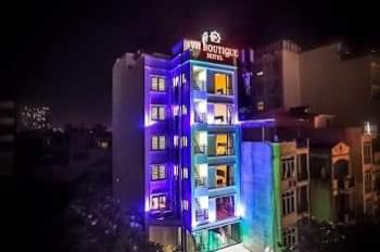 Cho thuê tòa nhà kinh doanh khách sạn tại khu Trung Hòa Nhân Chính, DT 250m2*9 tầng, full 43 phòng