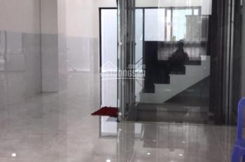 Cho thuê gấp mặt tiền đường Hoa Lan, Phú Nhuận, 7x10m, 4 lầu, giá 37 triệu - Nhung 0909195105