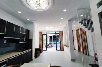 Bán nhà 2 mặt tiền HXH Huỳnh Văn Bánh, P.13, Q.Phú Nhuận, DT 5x8 Nở hậu 5.25m, Giá bán chỉ 7.5 tỷ T