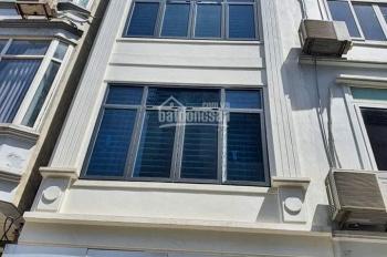 2 nhà mặt phố Tôn Thất Tùng 30m2, mặt tiền 3.5m kinh doanh đẳng cấp giá chỉ nhỉnh 8tỷ