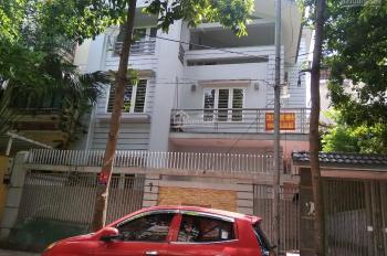 Cho thuê gấp nhà Biệt thự ở Trung Văn sau chung cư The Light Tố Hữu, 110m2 x 4T giá tốt