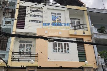 Nhà cho thuê quận Tân Bình giá 25tr/th đường C1, 8x15m trệt 2L, sân thượng, CT 2/3 nhà. Nhà mới
