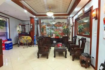 Cần bán gấp căn nhà phố Văn Cao , Ngõ Ô tô tránh, Lô góc 3 mặt thoáng.Diện tích 75m2x3T.Giá 16.8 tỷ
