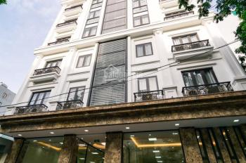 Cho thuê tầng lửng của toà nhà 8 tầng mặt phố Lê Quang Đạo ( Mỹ Đình), dt 125m2, thông sàn. Giá 20t