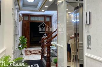 Cho thuê nhà biệt thự Sân Vườn 268A Phan đăng lưu gần Nguyễn Thượng Hiền gần chung cư bOTANMIC.