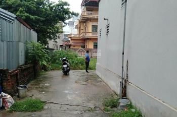 50 m2 . Tổ 8 (Sát Mê linh Plaza) Thị trấn Quang Minh, Mê linh, Hà nội: Sát MêlinhPlaza. Đường trước