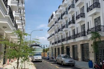 Nhà 3 lầu 250m2 ngã tư ga HÀ Huy Giáp quận 12. Sổ hồng riêng giá 4.3 tỷ
