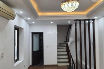 Tôi chính chủ cần bán nhà 34m2 phố Lê Hồng Phong Nguyễn Trãi cạnh chợ Hà Đông ô tô đỗ cổng. Giá 3tỷ