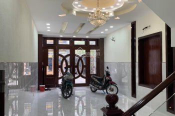 Bán nhà MT Phạm Văn Xảo, Phú Thọ Hòa, Q. Tân Phú, DT 4.5x22m, 5 lầu, giá 14.5 tỷ