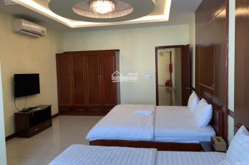 Cho thuê nhà 266 Nguyễn Xí, P13, Bình Thạnh, HCM, giá 135 triệu/tháng