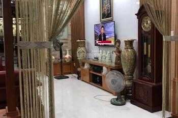 Chính chủ bán căn nhà tuyệt đẹp hẻm an ninh yên tĩnh 5x29m 3 lầu, 5PK, PK bếp ST: 19,5 tỷ