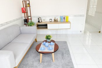 Bán nhà cấp 4 mới 2 phòng ngủ - trung tâm Ninh Kiều, có sân đậu ô tô