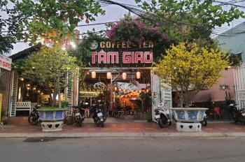 Cho thuê mặt bằng (hiện đang kinh doanh cafe sân vườn) mặt tiền đường Thanh Niên