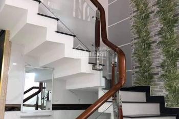Hoàng Việt, Đệ Nhất Khách Sạn, P. 4, Tân Bình, DT 70m2, nhà 4 tầng, đường 10m, giá hơn 13 tỷ