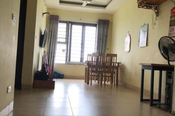Chính chủ cần bán gấp căn hộ tầng trung tòa nhà 19T5 Kiến Hưng, Hà Đông, đầy đủ nội thất, sổ đỏ cc
