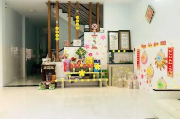 Chính chủ bán nhà Q9 HXH phường Phước Long B, DTS 174m2, 1 trệt, 1 lầu, 1 sân thượng, giá 10,5tỷ