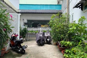 Bán nhà đường Hoàng Hoa Thám, Quận Bình Thạnh, HXH 5.5 x 21m giá chỉ 11 tỷ 5
