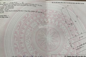 Mặt tiền đường Nguyễn Việt Hồng, DT: 4m x 20m, giá: 13 tỷ