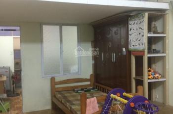 Bán căn hộ tập thể bệnh viện E ngõ 81 Trần Cung, DT sổ đỏ 20m2, DT cơi nới 42m2, giá 750tr
