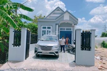 Dịch bán nhà mới xây giá rẻ tại Cần Giuộc