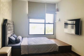 Cần tiền bán gấp căn hộ cao cấp 2PN view hồ bơi dự án Garden Gate Phú Nhuận full nội thất