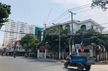 Cần bán 03 MT Bình Phú, P10, Q6. Giá: 192 tỷ