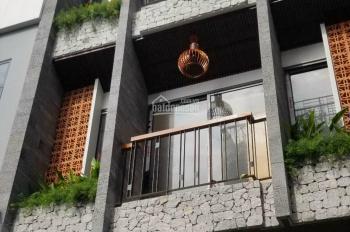 Bán tòa căn hộ sát biển đường 7m, 5 tầng hiện đại đang cho thuê 30 tr/tháng