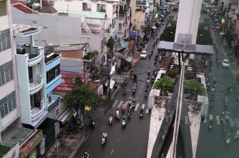 Cho thuê nhà mặt tiền Nguyễn Văn Thương (D1 cũ), P25, Bình Thạnh
