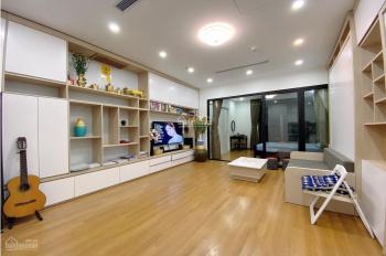 Chính chủ bán căn hộ cao cấp Royal City 55m2 thiết kế vip 2pn công năng tiện ích hoàn hảo 2,95 tỷ