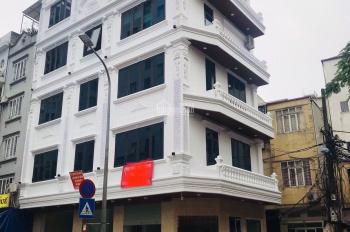 Chính chủ cần cho thuê gấp nhà phố Núi Trúc - Ba Đình DT: 100m2 x 4 tầng MT 7m sàn gỗ, gía: 39tr/th