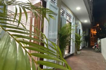 Nhà 33m2 * 5T mới Ngõ Hoà Bình 7 Phố Minh Khai, thông ngõ Quỳnh 5P, 4WC. Nhà chất, vị trí đẹp