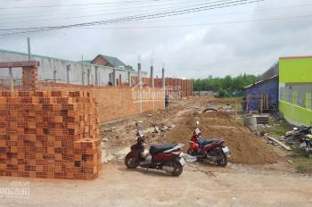 Gia đình cần tiền bán gấp lô đất 75m2 đường Đoàn Nguyễn Tuấn, giá 2ty6,đường 12m