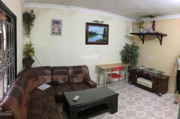 Bán gấp căn hộ C6B Quỳnh Mai 36m2 sổ đỏ chính chủ, giá chỉ 40tr/m2. Liên hệ ngay 0866415204