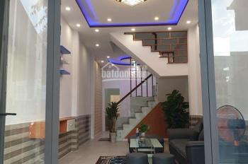 Nhà mặt tiền đường 33m Hoàng Văn Thái phù hợp kinh doanh buôn bán