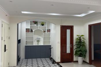 Bán chung cư Usilk City, DT: 116m2, căn góc, đã hoàn thiện nội thất, sổ đỏ, giá 2 tỷ 2