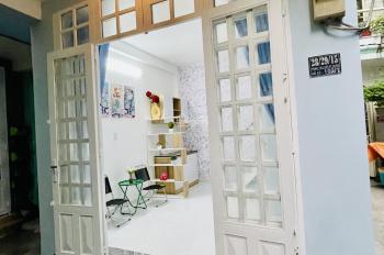 Sổ hồng chính chủ 28/29/15 Phan Tây Hồ, P. 7, Q. Phú Nhuận mới full nội thất 2.4 tỷ