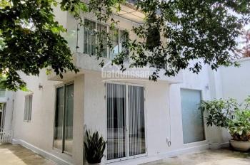 Villa sân vườn - không gian cây cối xanh tươi giá 27 triệu