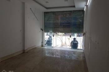 Cho thuê nhà mặt phố Bạch Mai 90m2 x 5 tầng, thang máy, MT 4m, dài 22.5m, thông sàn giá 35tr/th