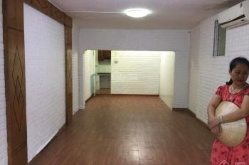 Cho thuê căn hộ tầng 1, DT 40m2, giá 7 triệu/tháng, tại Nghĩa Tân, Cầu Giấy, LH 0917872686