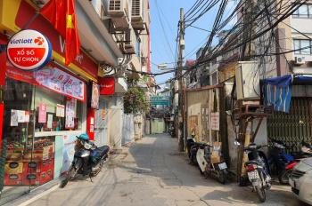 Chính chủ bán nhà phố Dịch Vọng trung tâm Quận Cầu Giấy, 117m2, 3 tầng, nở hậu, ô tô vào, nhiều lộc