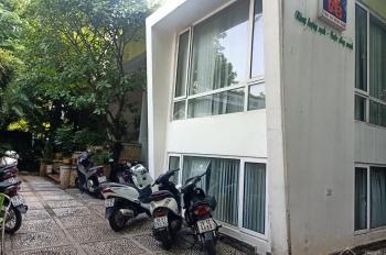 Cho thuê văn phòng 2 tầng 200m2 + 600m2 Trạm sang chiết ga giấy phép đầy đủ - đối diện sân Mỹ Đình