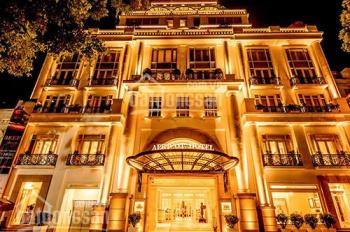 Bán gấp khách sạn 4 sao mặt phố Mã Mây, Hoàn Kiếm, DT 306m2 x 8T, MT 10m, full nội thất, giá 220 tỷ