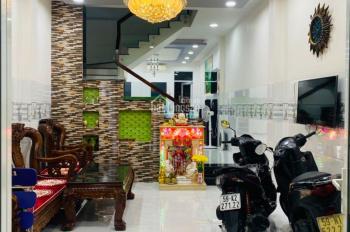 Mặt tiền nội bộ Bình Phú P11 Q6. 4x19m (75,4m2) 1 trệt, 2 lầu, sân thượng (4 phòng, 5WC)