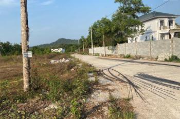 Bán đất đường Cây Thông Ngoài, đường 10m, vị trí đẹp giá rẽ, tại Phú Quốc