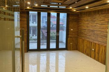 Cho thuê 200m2 nhà mới xây mặt phố Khâm Thiên